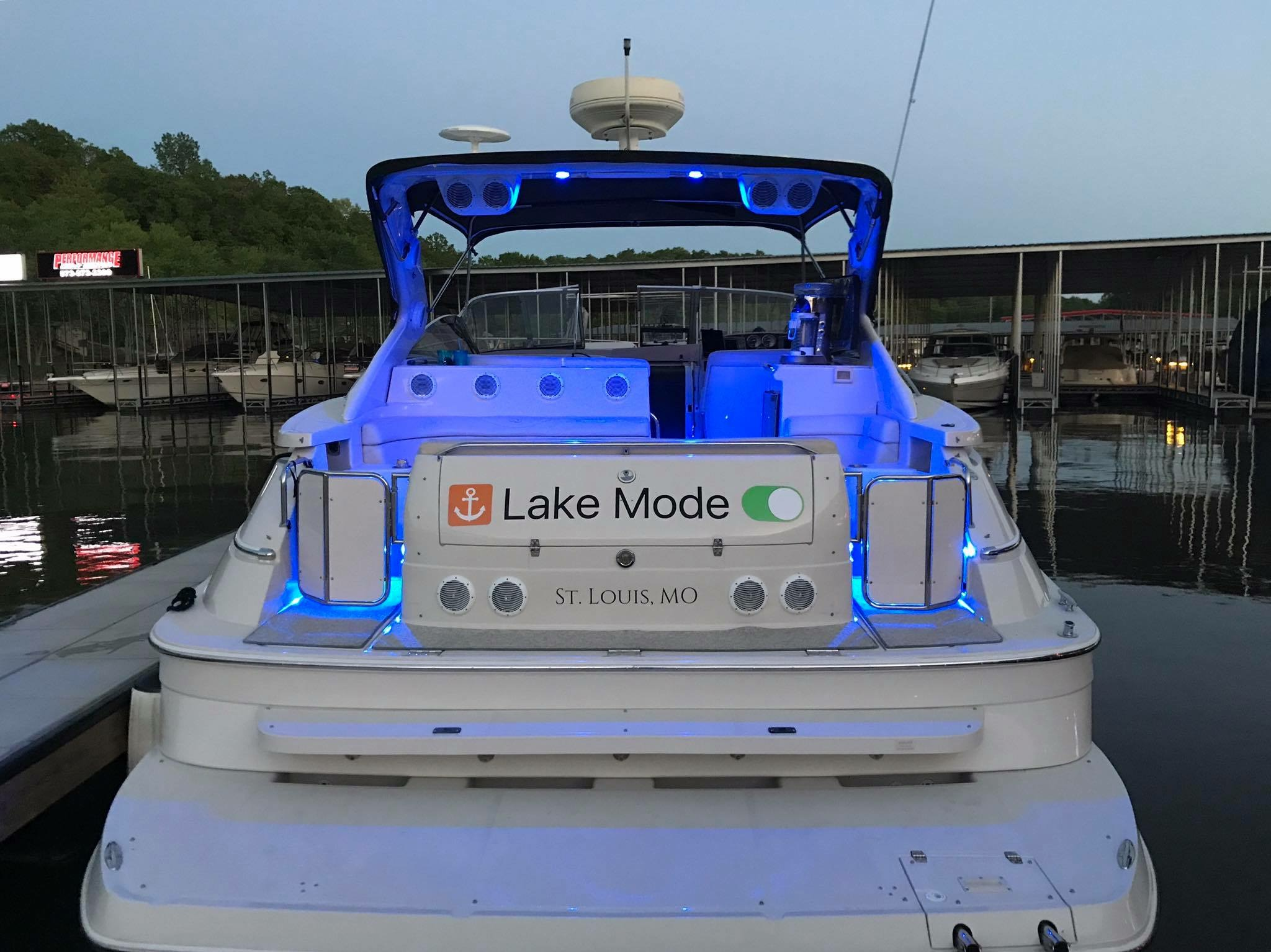 boat name lake mode graphics