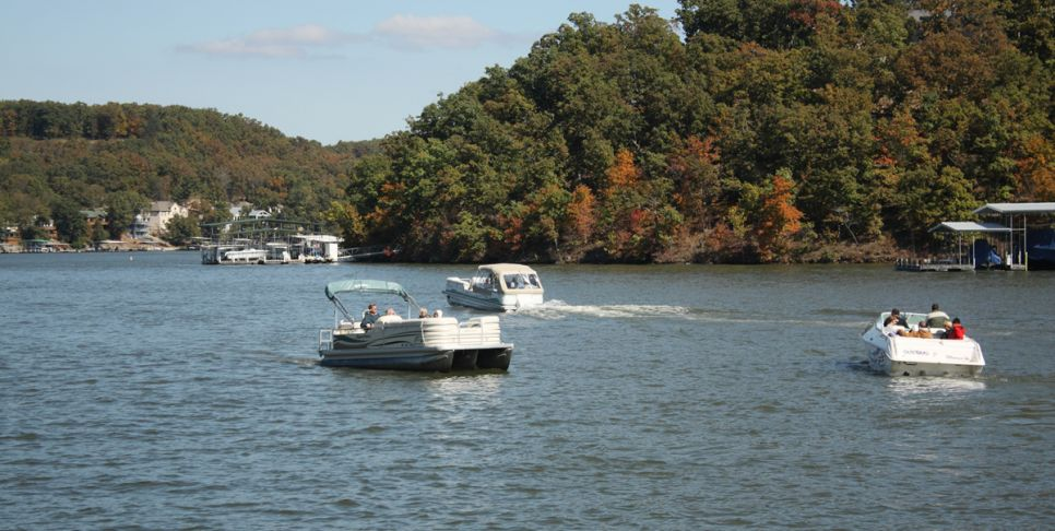 lake of the ozarks fall harbor hop