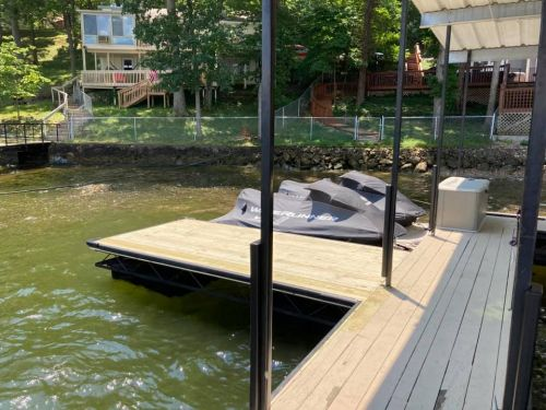 Envy and Co Dock Services